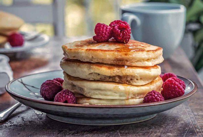 7-Vegan-Comfort-Food-Recipes-You-Need-to-Try-Vegan-Pancakes