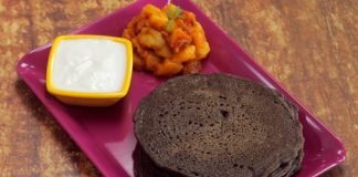 Kuttu-Ka-Cheela-Recipe-for-Navratri