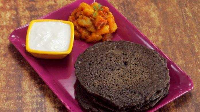 Kuttu-Ka-Cheela-Recipe-for-Navratri