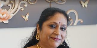 Indoindians Extraordinary Women Awardee for Education - Saraswathi Suresh