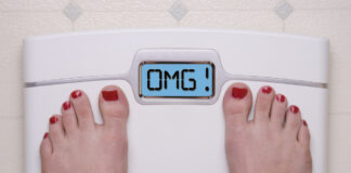 6 Effective Morning Habits to Lose Weight: Check your weight