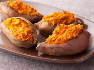 6 Signature Foods From Bogor: Ubi bakar cilembu